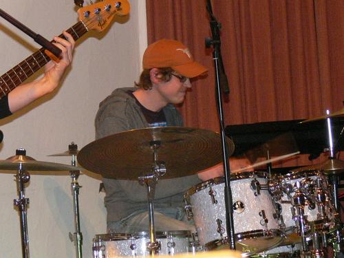 Bild:Dominic an den drums