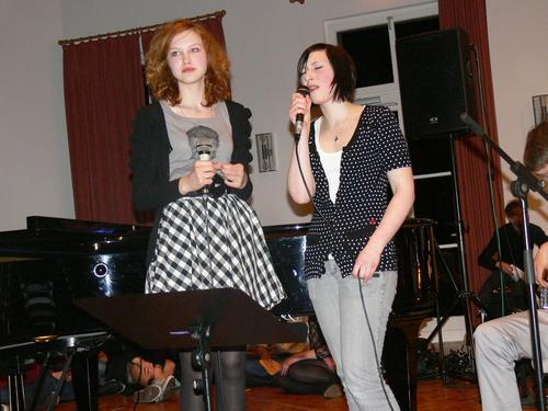 Bild:Veronika und Tatjana